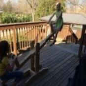 SEE SAW / TEETER TOTTER